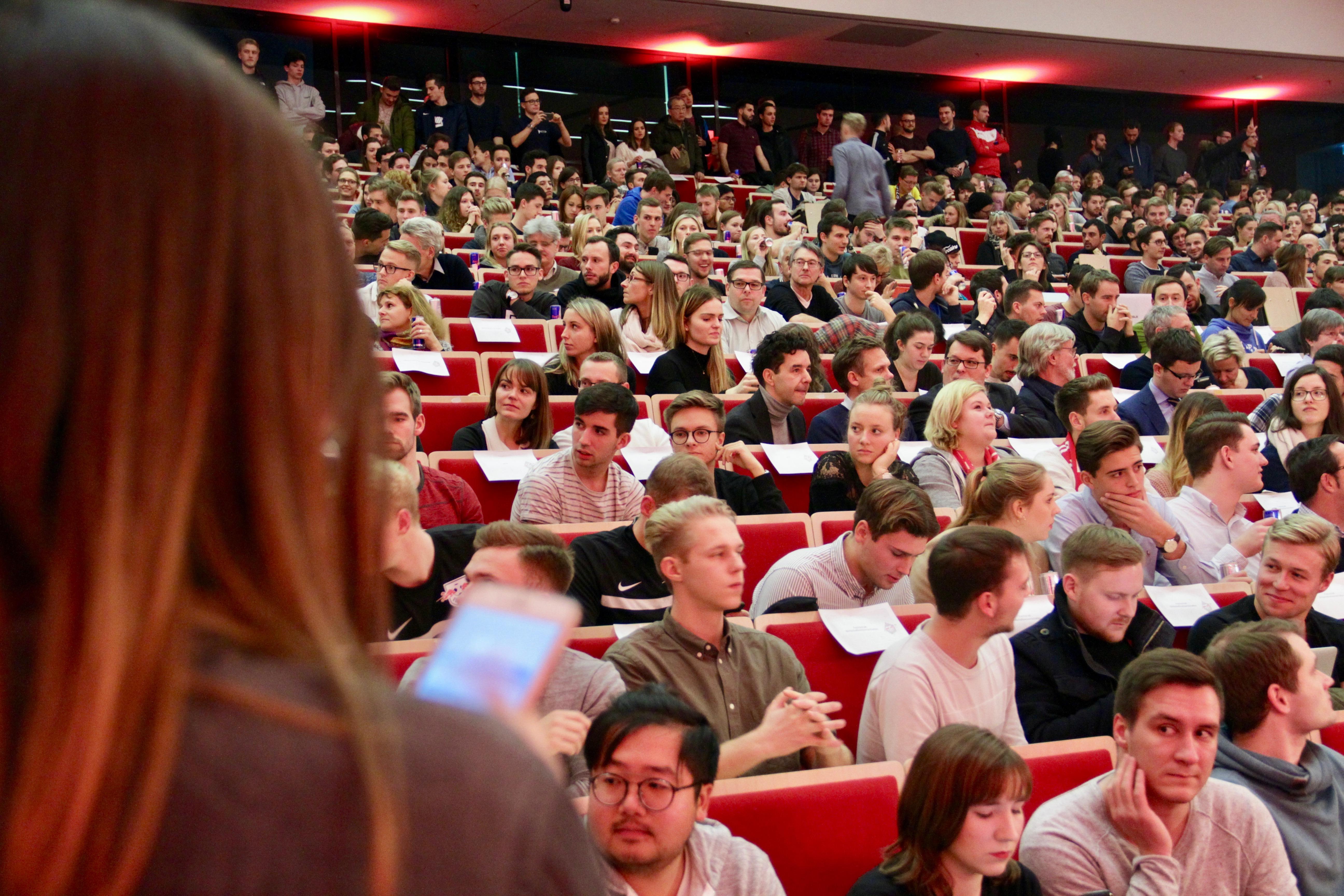 Read more about the article RB Lecture – Eine Vorlesung der besonderen Art